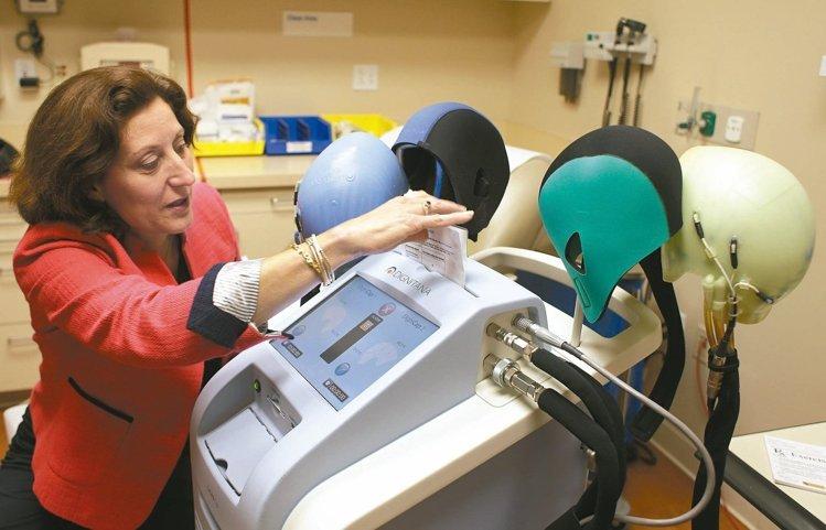 「尊嚴帽」誕生 降低化療患者掉髮機率 8成7患者說讚