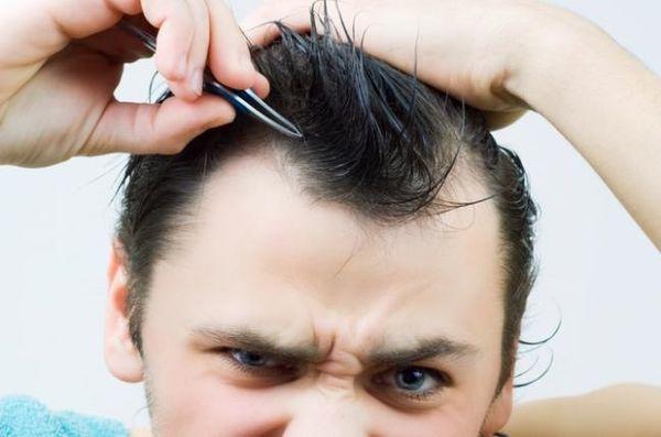 拔除頭髮可以促使頭髮生長