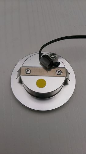 LED鋁合金崁燈40孔(3w)背面