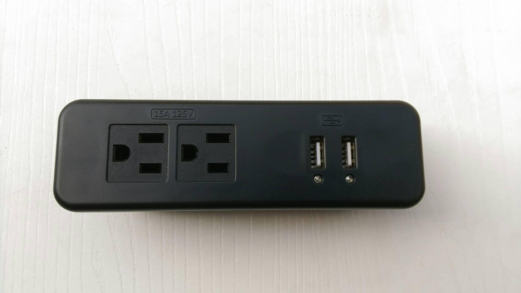 櫥櫃USB插座